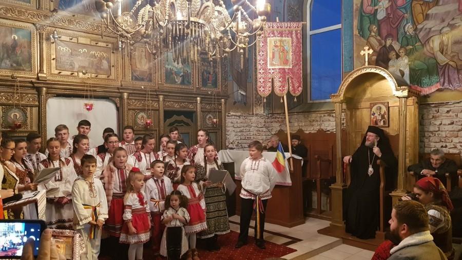 Se-aud colindători în sat! Concert caritabil în Parohia Moroda pentru copiii de la Casa de Tip Familial din Mocrea