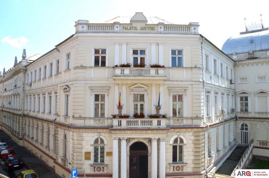 Tribunalul și Judecătoria Arad și-au anunțat programul de Sărbători