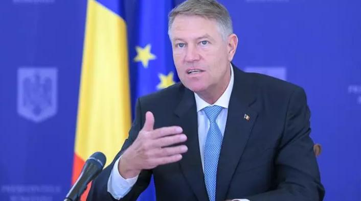 """Test COVID-19 obligatoriu pentru românii care vin în țară din străinătate   Iohannis: """"E posibil, dacă numărul cazurilor crește"""""""