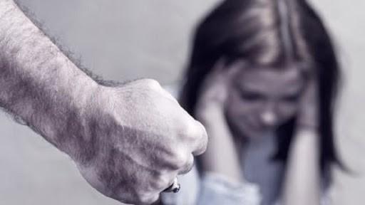 Și-a agresat iubita chiar cu o zi înainte de Dragobete
