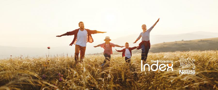 80% dintre părinții români se simt complet împliniți în calitate de părinți, arată noul Index de Parenting realizat la inițiativa Nestlé