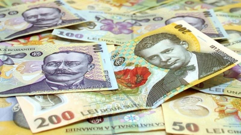 Veşti bune pentru români! Finanțele îi IARTĂ DE DATORII