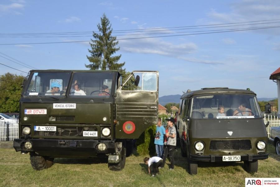 Zilele comunei Almaș cu expoziție de mașini istorice