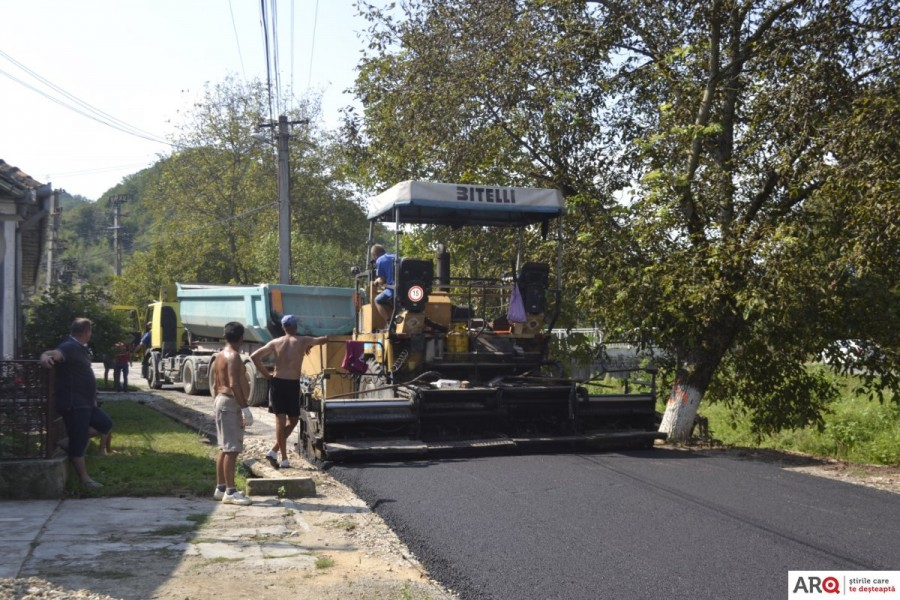 Comuna Brazii va fi asfaltată 100% până la ultima casă