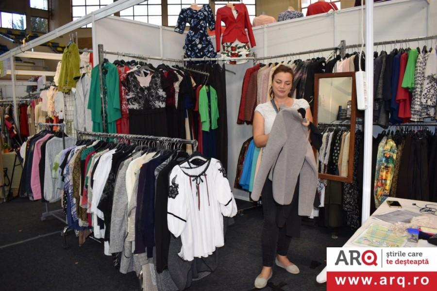 ExpoTexStil a revenit la Arad cu târgul de îmbrăcăminte și încălțăminte!