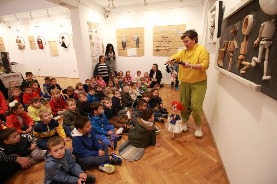 """Expoziția """"IN MEMORIAM – Cristian Frangopol"""" mai rămâne deschisă încă trei săptămâni"""