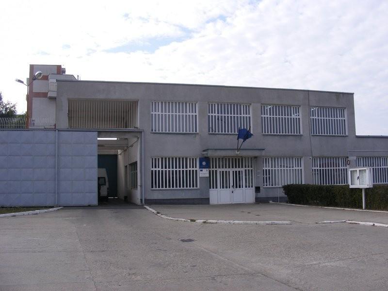 Șoc la Penitenciarul Arad: un subofițer s-a sinucis în timp ce se afla la post / UPDATE: Echipajul SMURD a ajuns la Penitenciar în şapte minute de la primirea apelului, însă subofițerul era mort