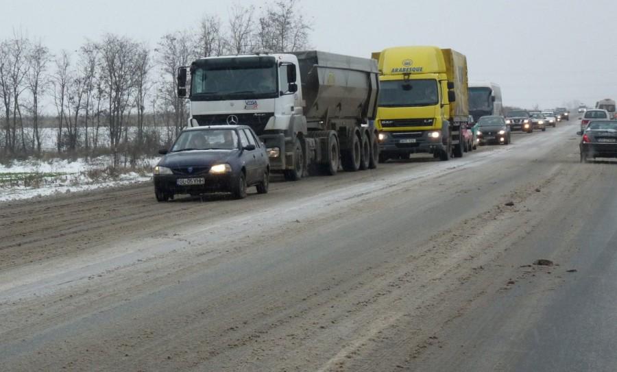 Poliția Română atenționează șoferii cu privire la anvelopele de iarnă