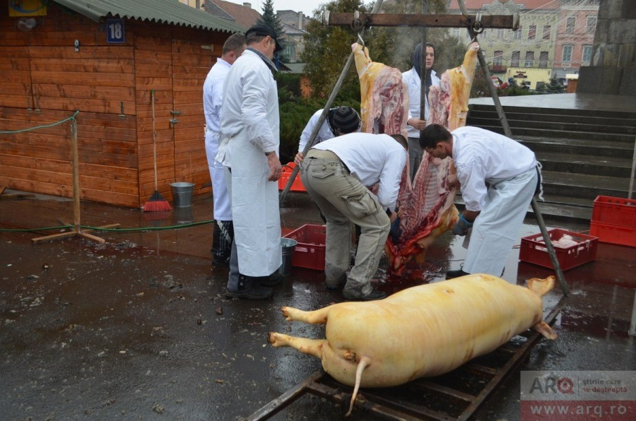 Ce reguli trebuie respectate la tăierea porcului