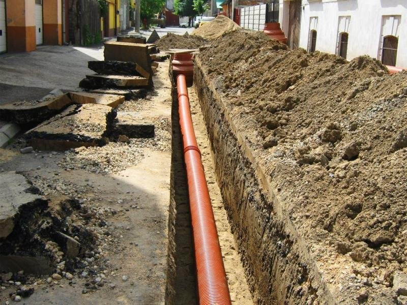 Şantierele pentru reţele de apă şi canalizare din Municipiu intră în conservare