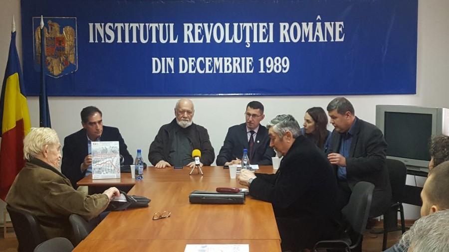 Institutului Revoluției Române, condus de Ion Iliescu și  Gelu Voican-Voiculescu, desființat de Guvern