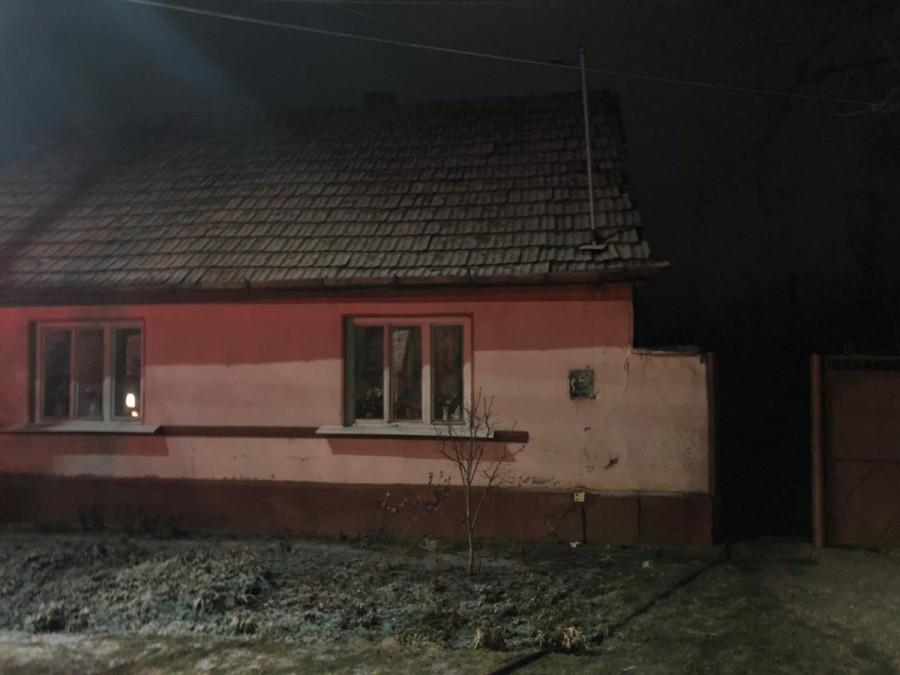 Incendiu la anexa unei case în Arad