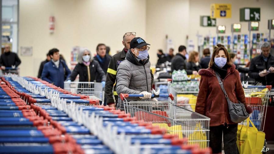 Magazinele și supermarketurile, obligate să ia măsuri pentru a preveni răspândirea coronavirusului