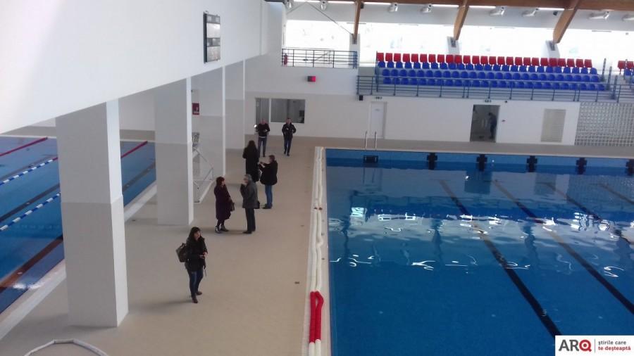 """Activitatea Bazinului de Polo și cea a Sălii de Sport """"Voinicilor"""" se suspendă; ce se întâmplă cu abonamentele şi programările făcute"""