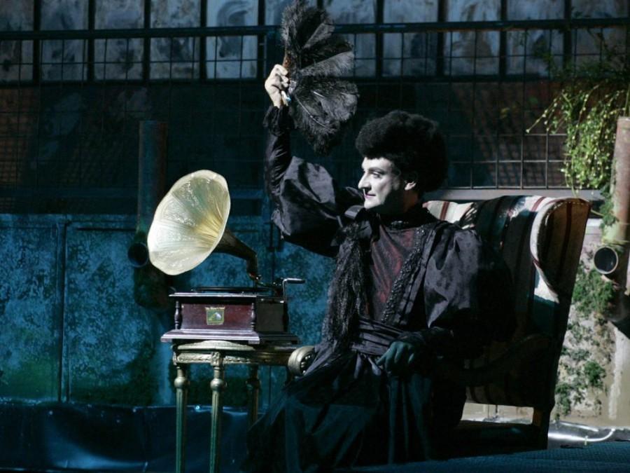 """Un spectacol de excepție, într-o zi specială. """"Casa Bernardei Alba"""", difuzat de Ziua Internațională a Teatrului"""