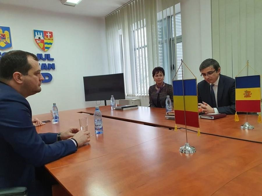 Noi punți între România și Basarabia: administrația județeană semnează un acord de colaborare cu Raionul Anenii Noi