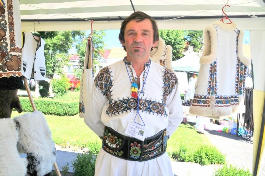 Grigore Covrig, ultimul cojocar de pe Valea Mureşului Superior