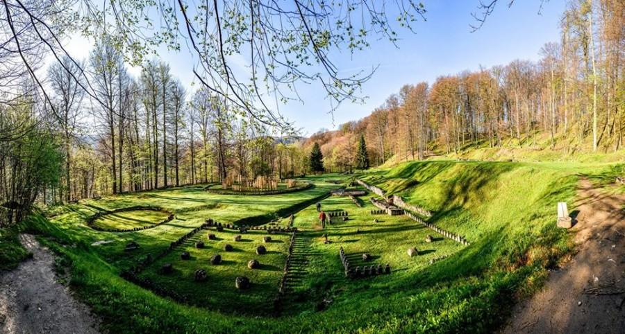 """Sarmizegetusa Regia va fi conservată și restaurată în cadrul proiectului """"Capitala Daciei – muzeu viu al patrimoniului cultural european"""""""