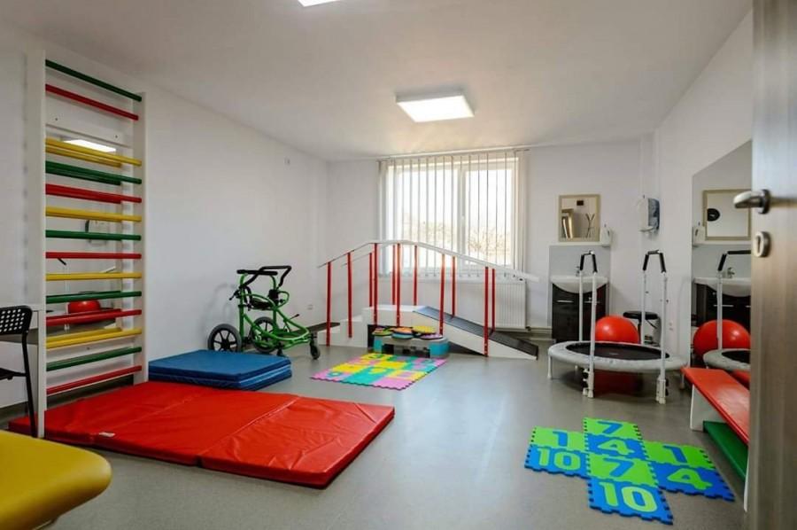 Davima Clinic, centru de recuperare pentru copii şi adulţi din Arad