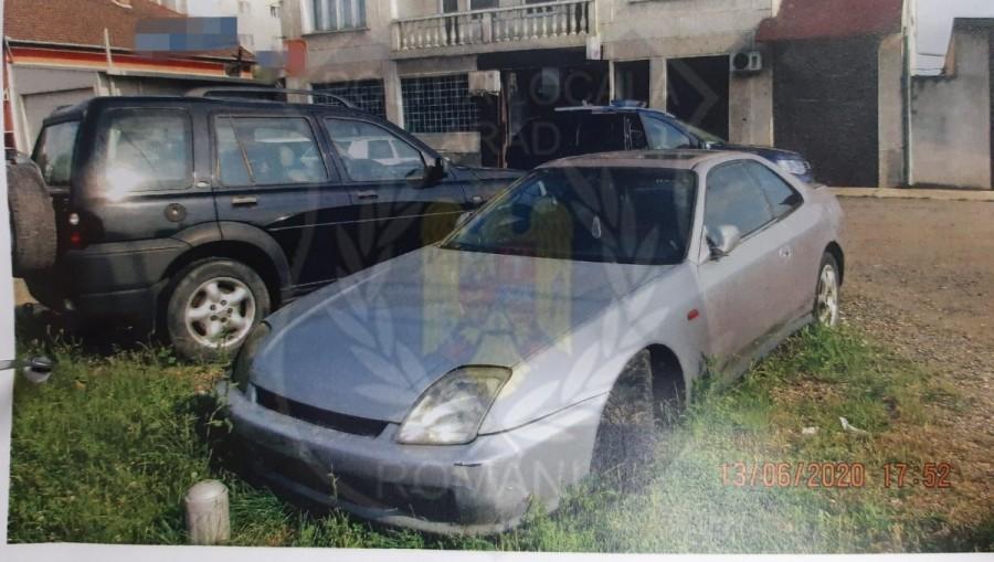 Mașinile abandonate pot fi ridicate după șase luni