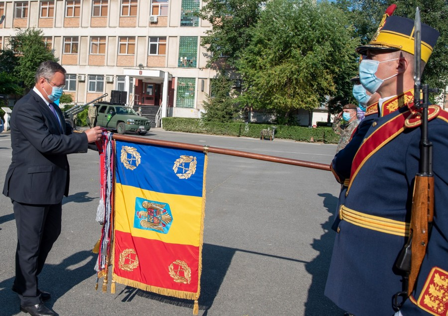 Astăzi de împlinesc 160 de ani de la înființarea primei unități de gardă din Armata României moderne