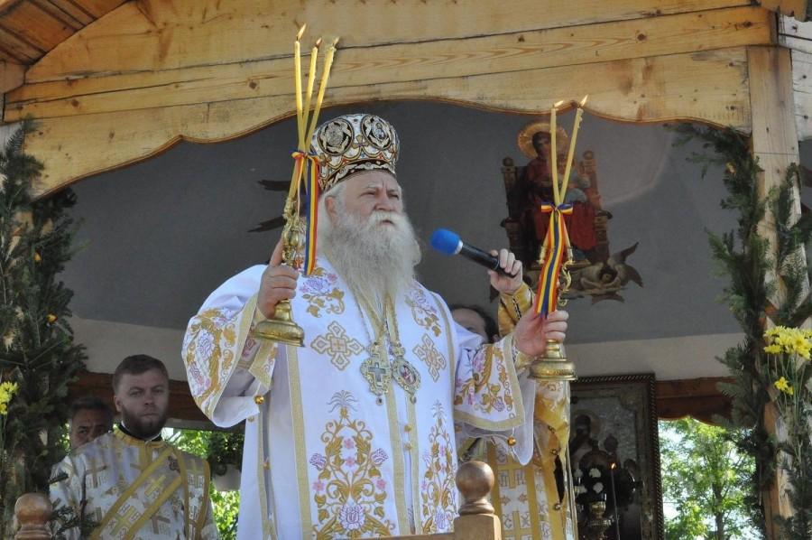 Preasfinţitul Părinte Calinic Botoşăneanul, noul Arhiepiscop al Sucevei și Rădăuților