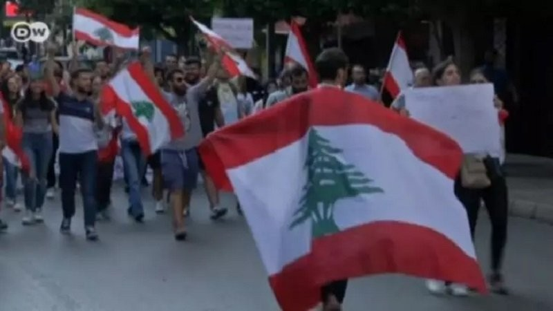 Tensiuni uriașe în Beirut. Forțele de ordine au folosit gaze lacrimogene împotriva manifestanților antiguvernamentali