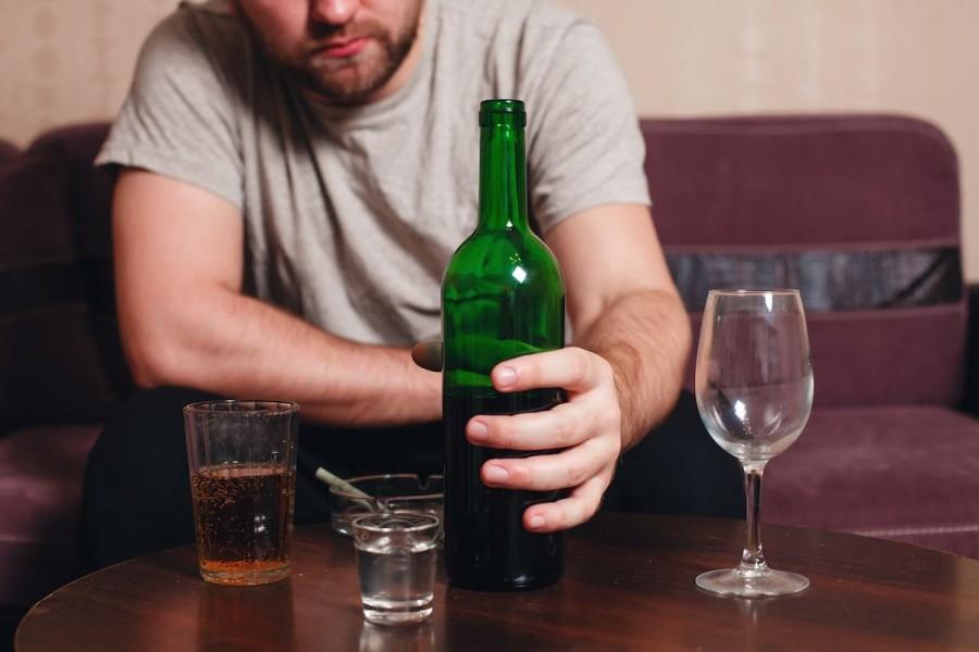 Alcoolul a cauzat scandal în două familii din judeţ