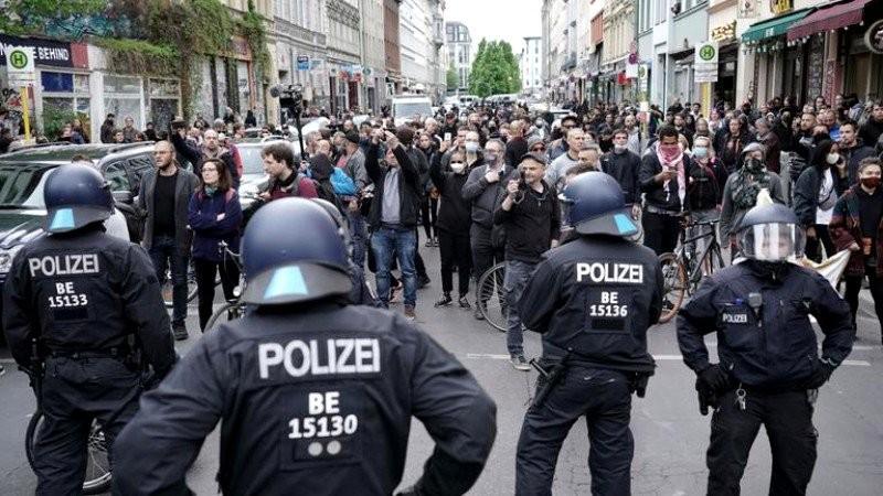 Conform unui sondaj, 91% dintre nemţi sunt împotriva protestelor din Germania