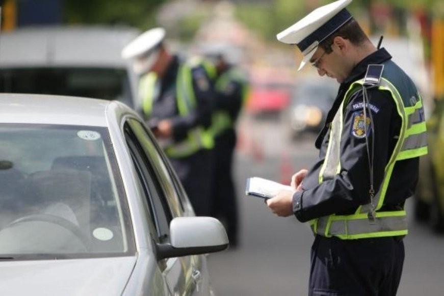 S-a lăsat cu dosare penale pentru infracţiuni rutiere în acest weekend