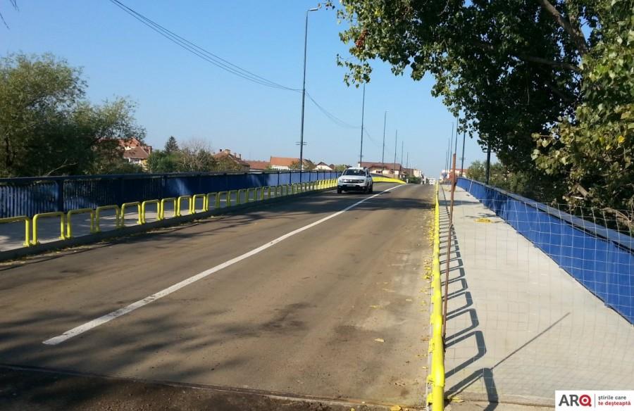 Veste bună pentru șoferi la început de an școlar: circulația pe Podul Decebal a fost deschisă (FOTO)