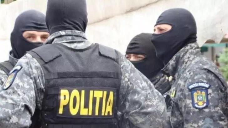 Percheziții de amploare în București, Ilfov și Teleorman într-un dosar de șantaj și amenințare. S-au tras focuri de armă