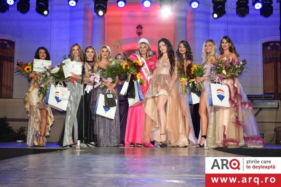 Și a fost Finala Miss Arad 2020  la Castelul Kintzig - Domeniul Lupaș