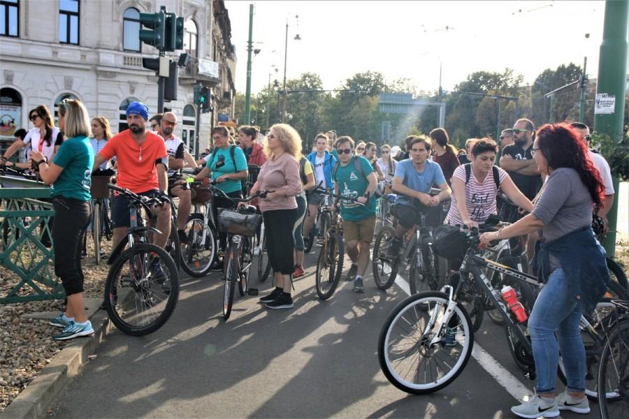 Arad Free Tours pe două roți – Turul Aradului interbelic; care au fost obiectivele vizitate