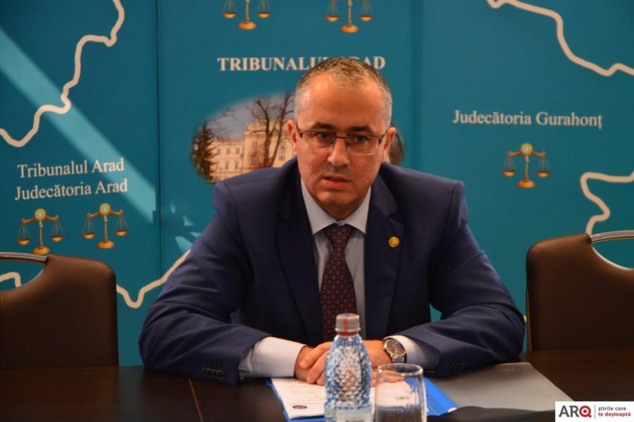 Când vor fi trași la sorți cei trei judecători care vor face parte din BEC Arad, constituit pentru alegerile parlamentare