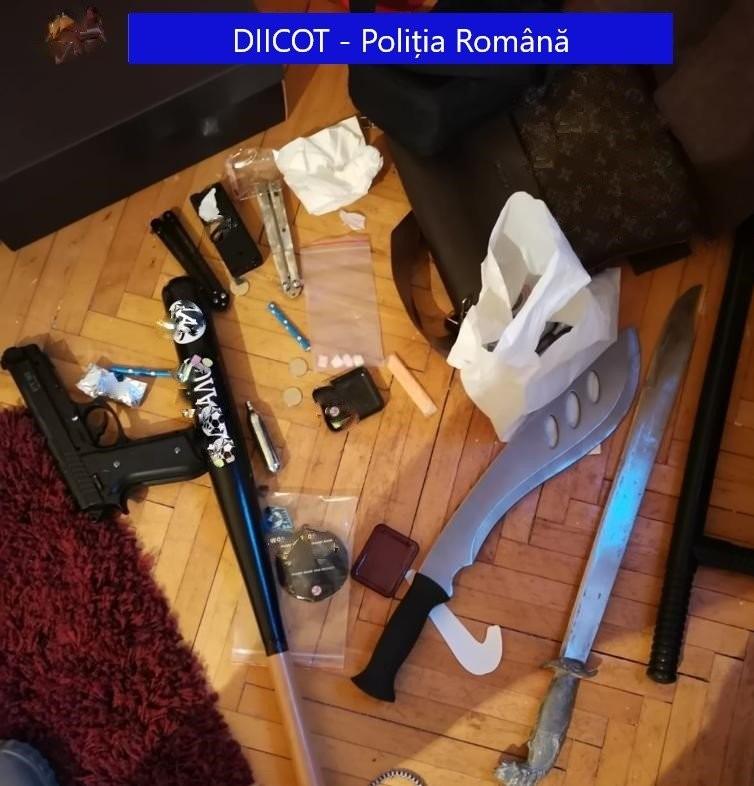 Aradul - pe traseul traficanților de droguri și de migranți; o rețea tocmai a picat în plasa DIICOT