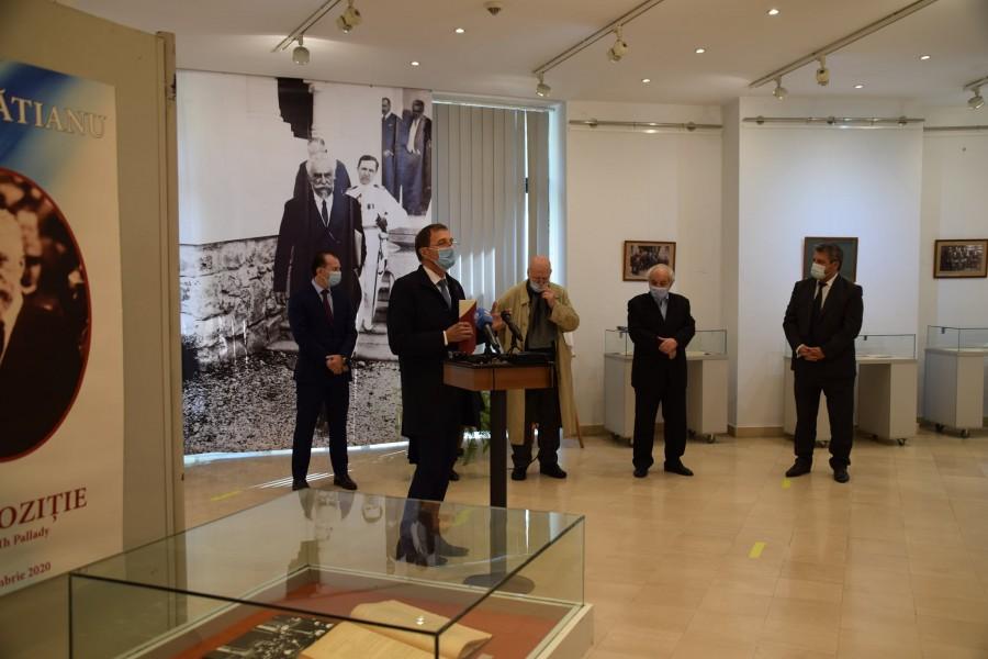 """Ioan-Aurel Pop, la vernisajul expoziției ION I.C. BRĂTIANU – 156 de ani de la naștere: """"Spiritul lui Brătianu ne veghează şi astăzi"""""""