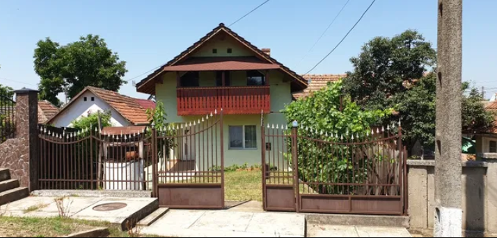 300.000 de euro furați din casa unei bătrâne din Pâncota