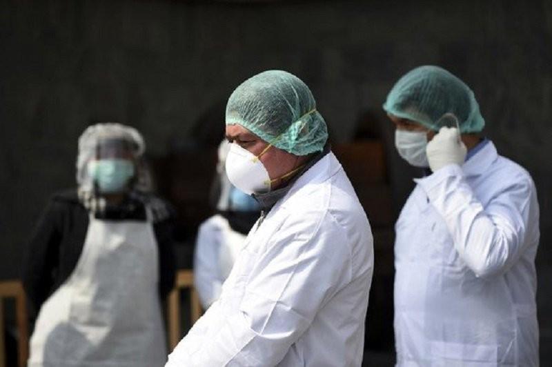 213 noi îmbolnăviri azi la Arad dintr-un total de 9.005 la scara întregii țări