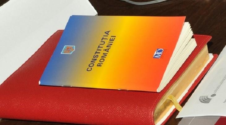 8 decembrie - Ziua Constituţiei României