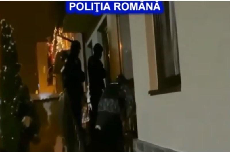 Descinderi în Arad, Sibiu, Alba şi Bacău: trei indivizi implicaţi într-un dosar de fals de monedă săltaţi de Crima Organizată