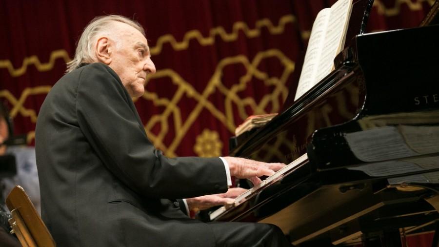 Pianistul Valentin Gheorghiu, sărbătorit la împlinirea vârstei de 93 de ani