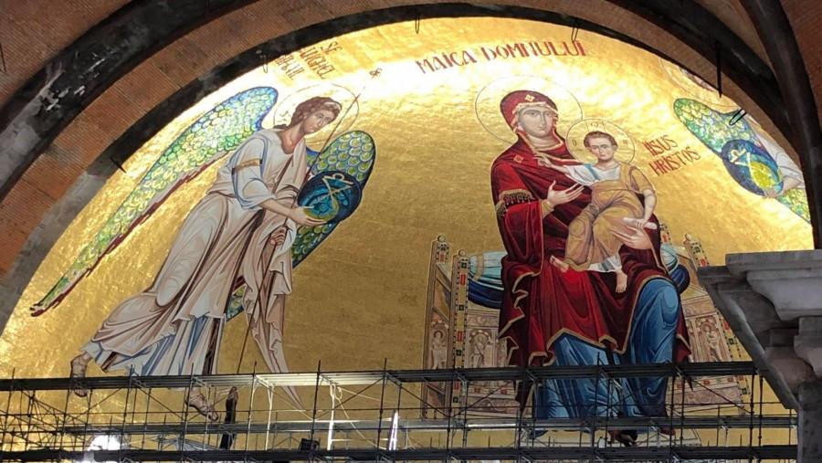 Împreună pictăm Catedrala Națională. Patriarhul Daniel a anunțat o platformă de sprijin pentru pictarea Catedralei Mântuirii Neamului
