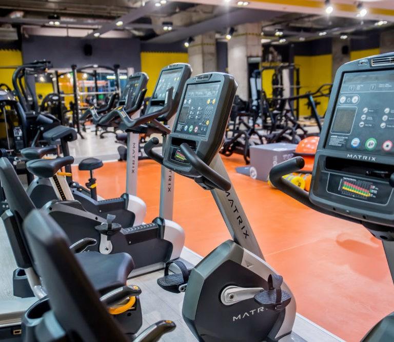 Sălile de fitness se închid în localitățile cu mai mult de 4 cazuri la mie