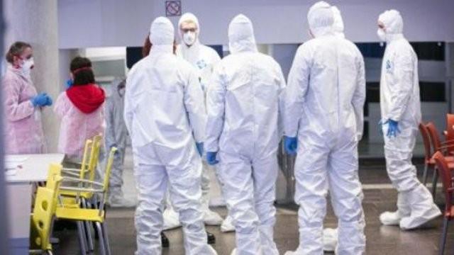 2.989 cazuri noi de persoane infectate cu COVID – 19, dintre care la Arad 69
