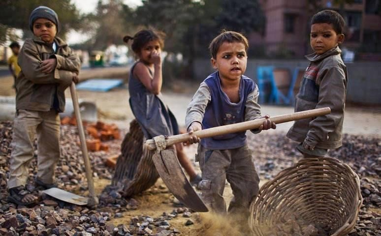 Ziua de 12 iunie, dedicată combaterii exploatării prin muncă a copiilor