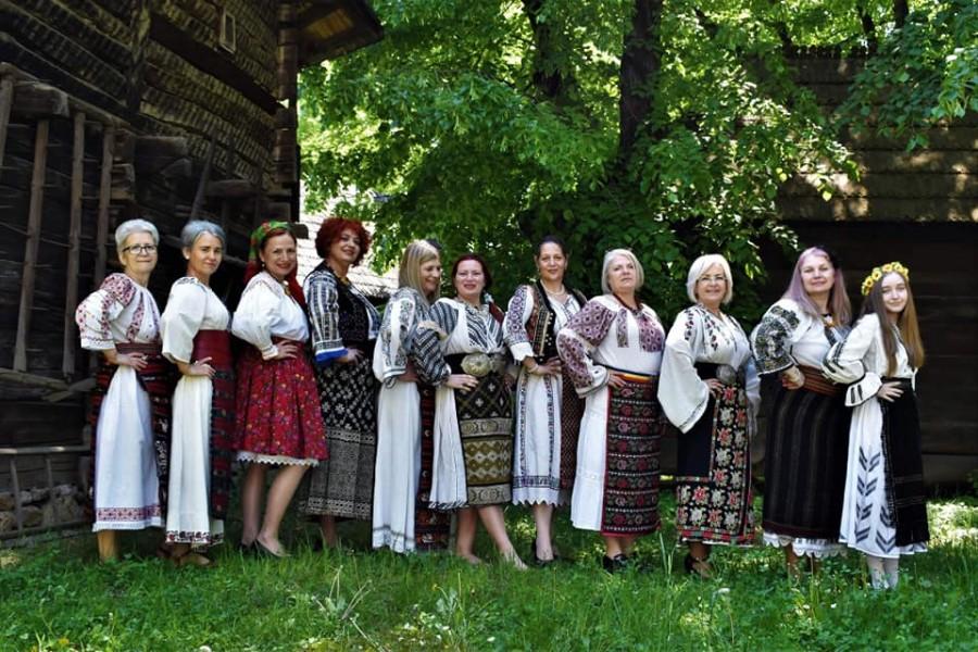 Ziua Universală a Iei, sărbătorită astăzi în ţara noastră şi în comunităţile româneşti din întreaga lume