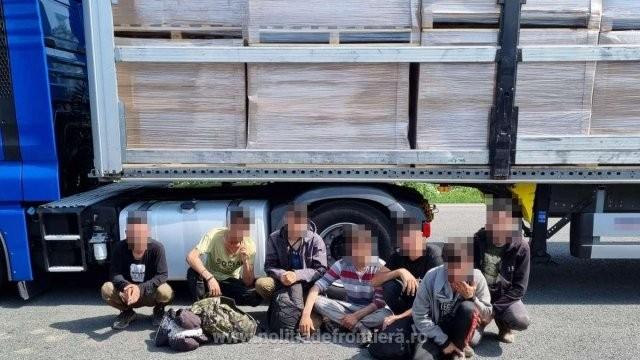 28 de migranţi depistaţi în ultimele 24 de ore la frontiera cu Ungaria