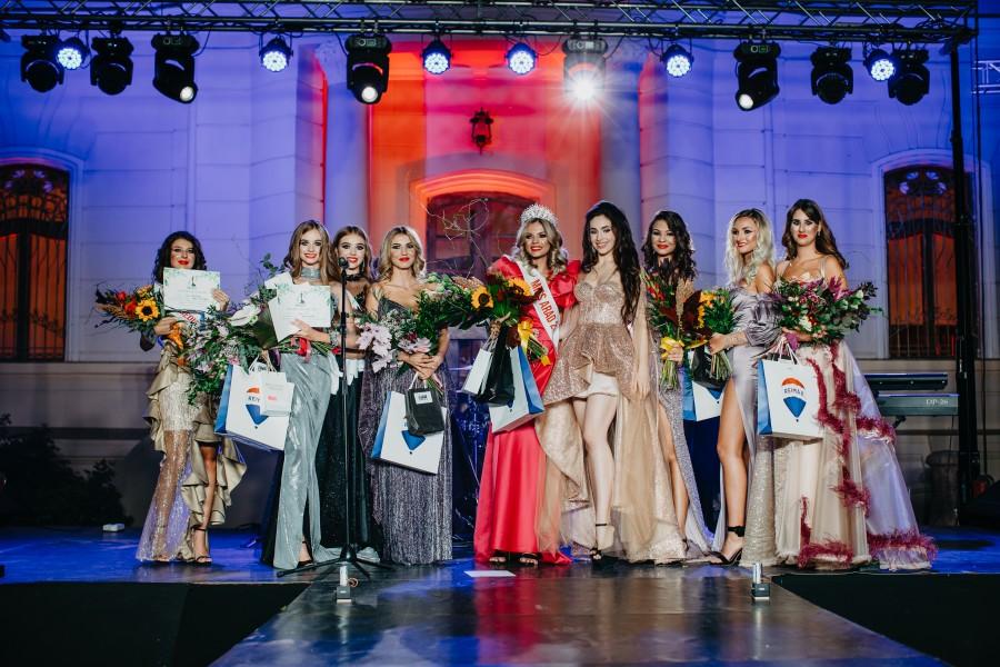 Concursul județean de frumusețe Miss Arad se va desfășura în luna august