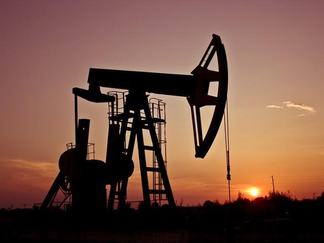 Preţurile petrolului au scăzut luni cu peste 6%